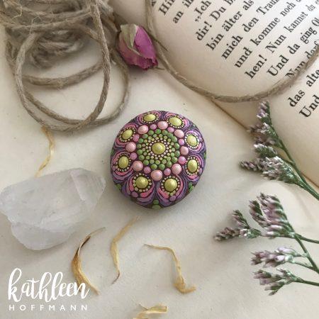 Tiny Blossom Stone
